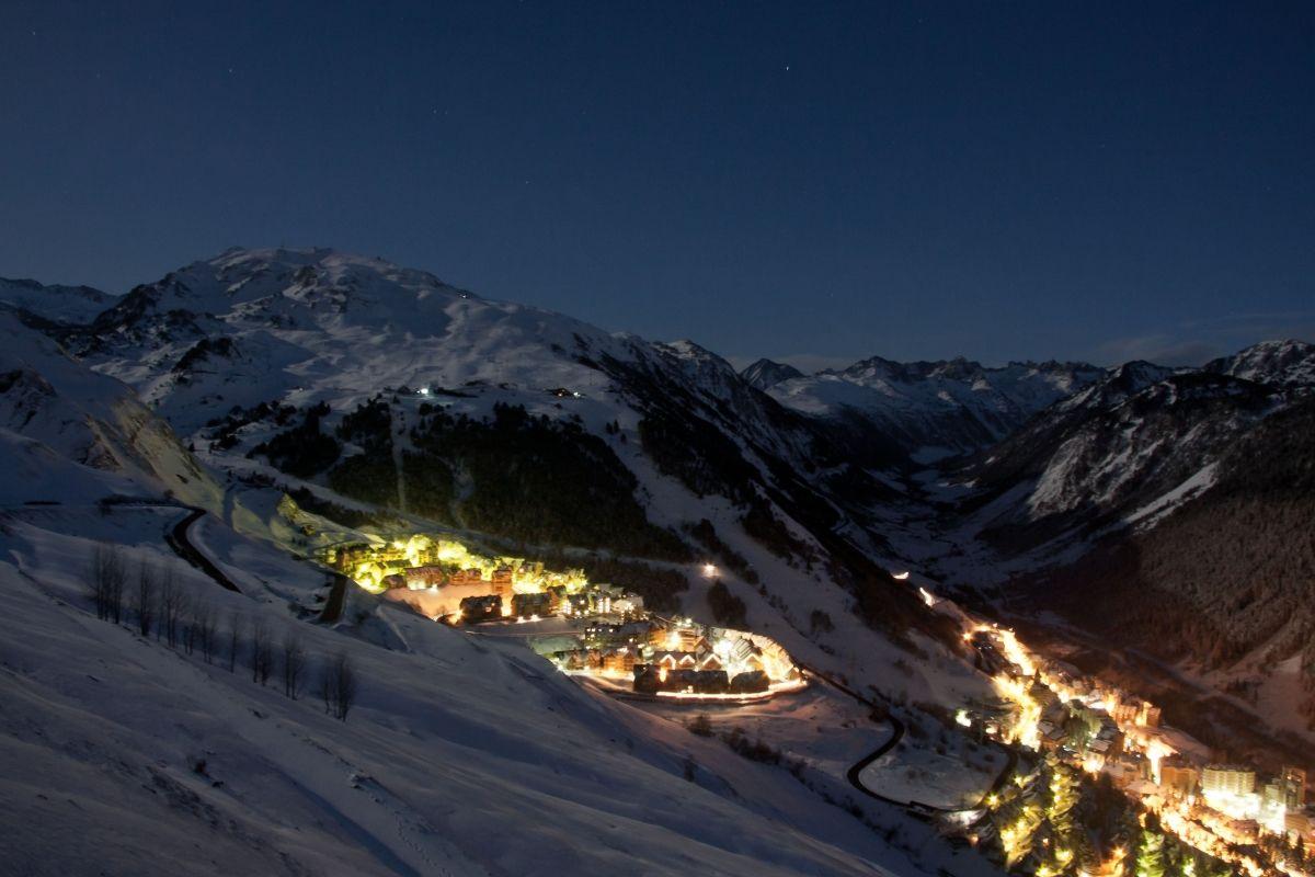 ¿Dónde alquilar tus esquís en Baqueira?