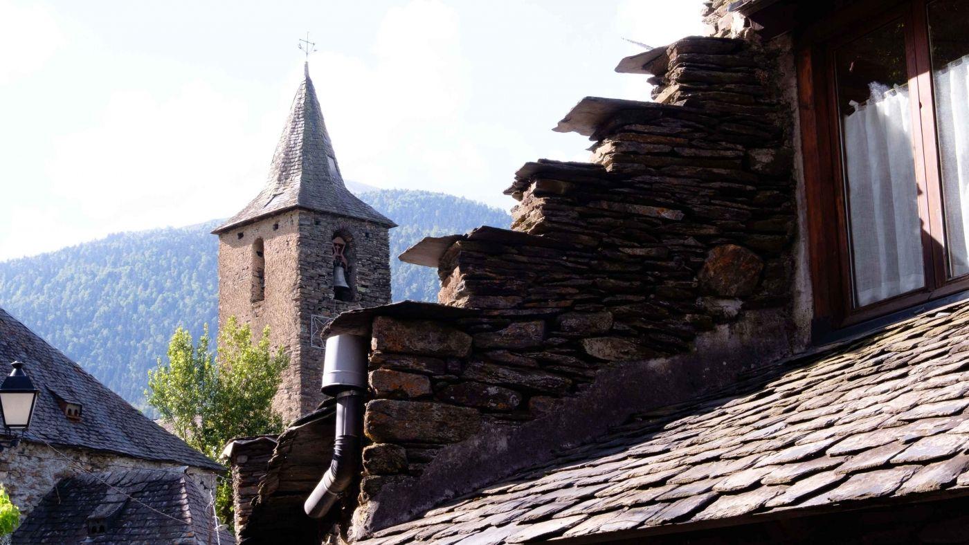 Pueblos valle aran en primavera