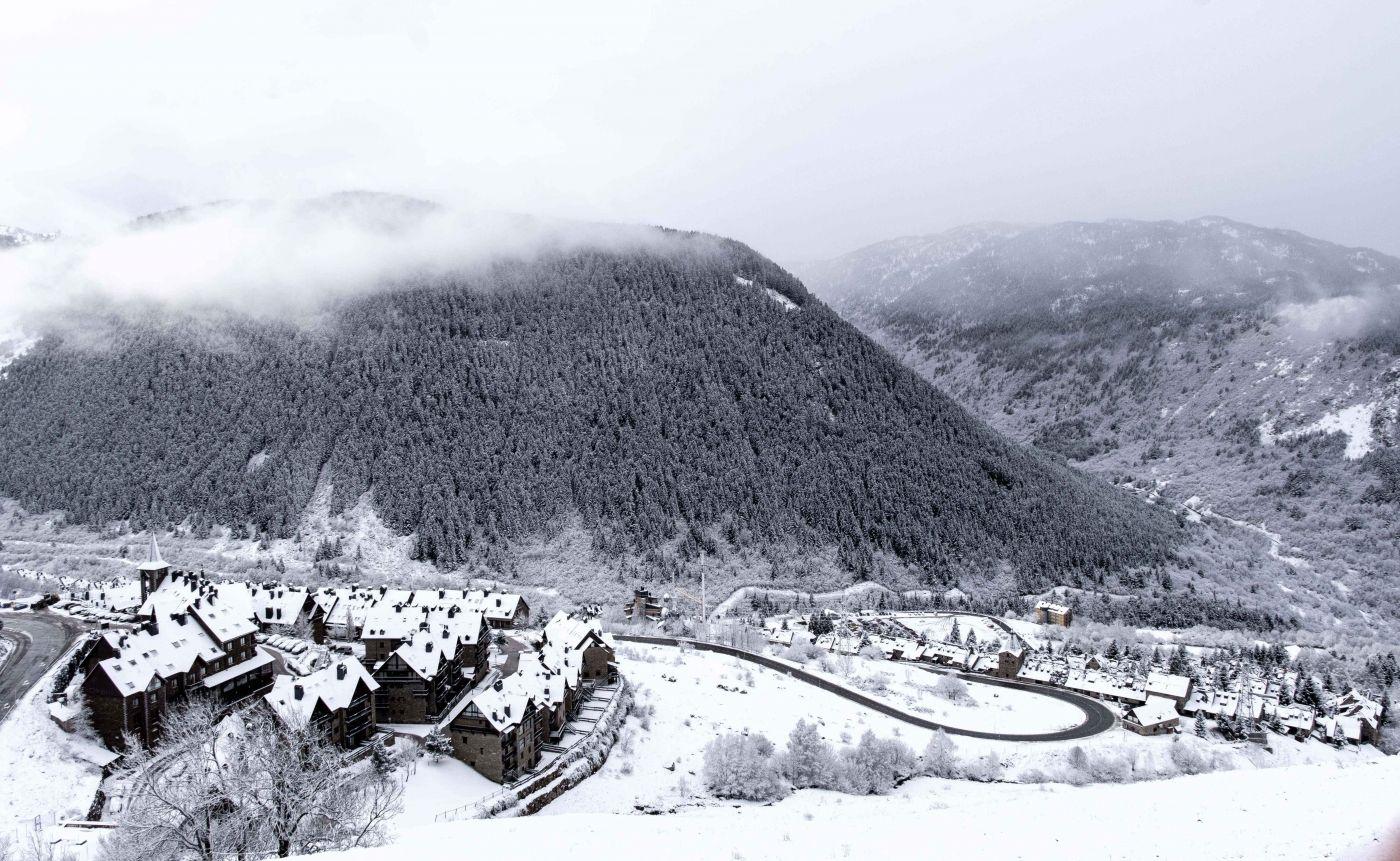 Val de Ruda nevado valle Arán