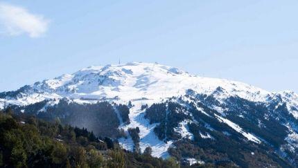 Las estaciones de esquí de Lleida esperarán a diciembre para abrir la temporada