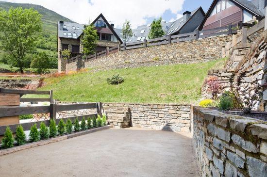 Dúplex con decoración Scandi y una reformada terraza