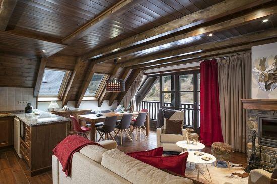 Espacioso dúplex de 4 dormitorios en Val de Ruda