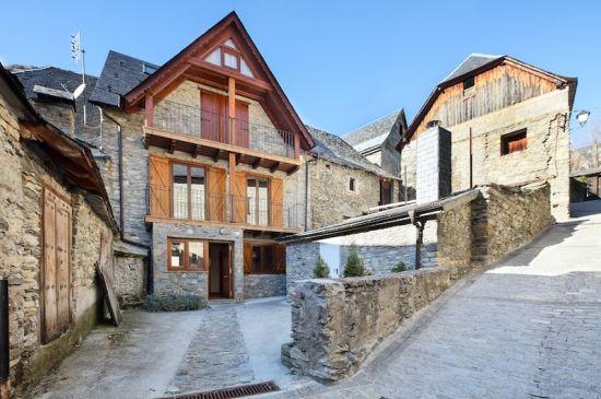 Casa Escaletes