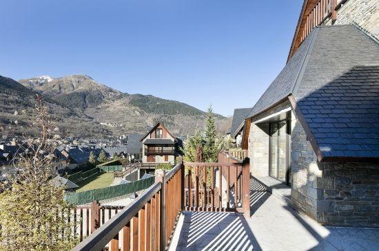 Casa con excelente ubicación y vistas