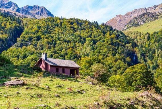 Cabañas Rurales en el Valle de Arán o Apartamentos, ¿Qué Elegir?