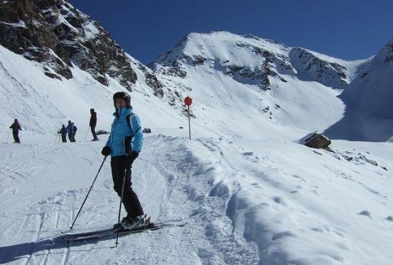 Cómo frenar esquiando: la cuña, tu mejor aliada