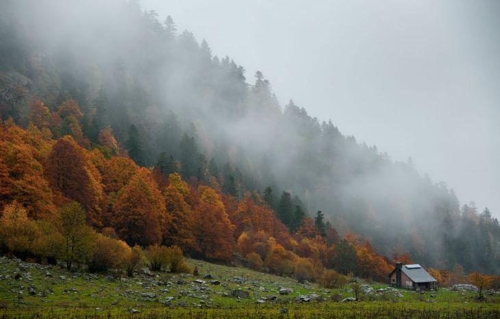 Artiga de Lin en otoño