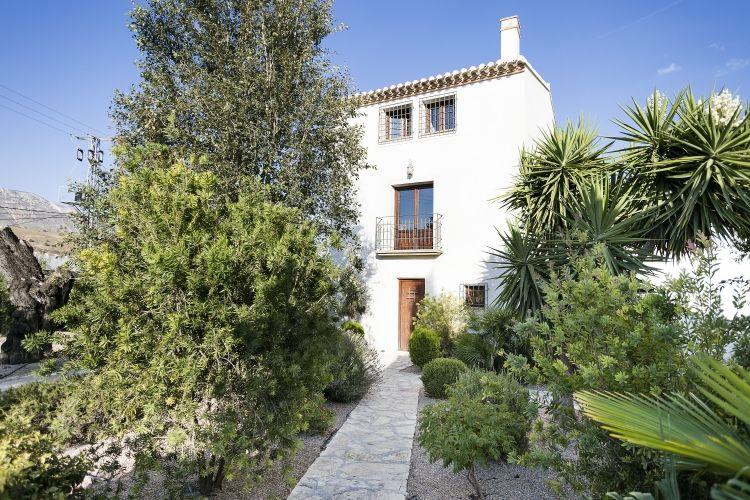 Alquiler con la garantía LUDERNA en la sierra de Almería