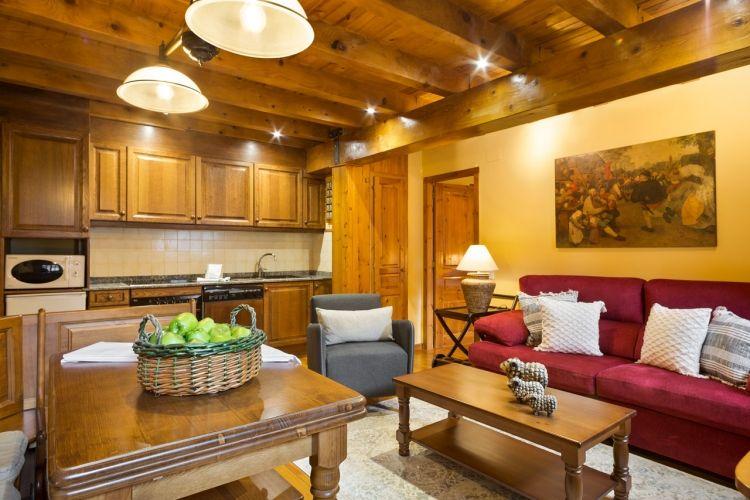 Alquiler apartamento en Arties, con jardín